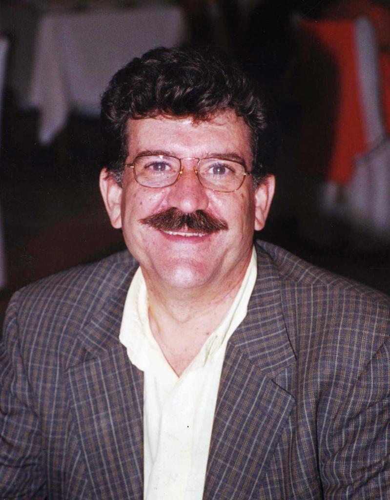 Dr. Rafael Durá, médico de familia ha especializado en el estudio del tratamiento de hipertensión y enfermedades cardiovasculares