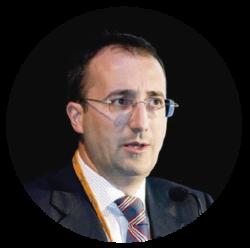 Dr. Joaquín Oscá